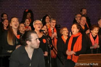 Weihnachtskonzert mit River of Joy und Lisa May Lesch in der Christuskirche Hennef_5