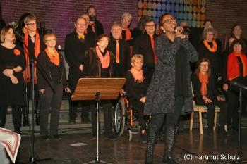 Weihnachtskonzert mit River of Joy und Lisa May Lesch in der Christuskirche Hennef_8